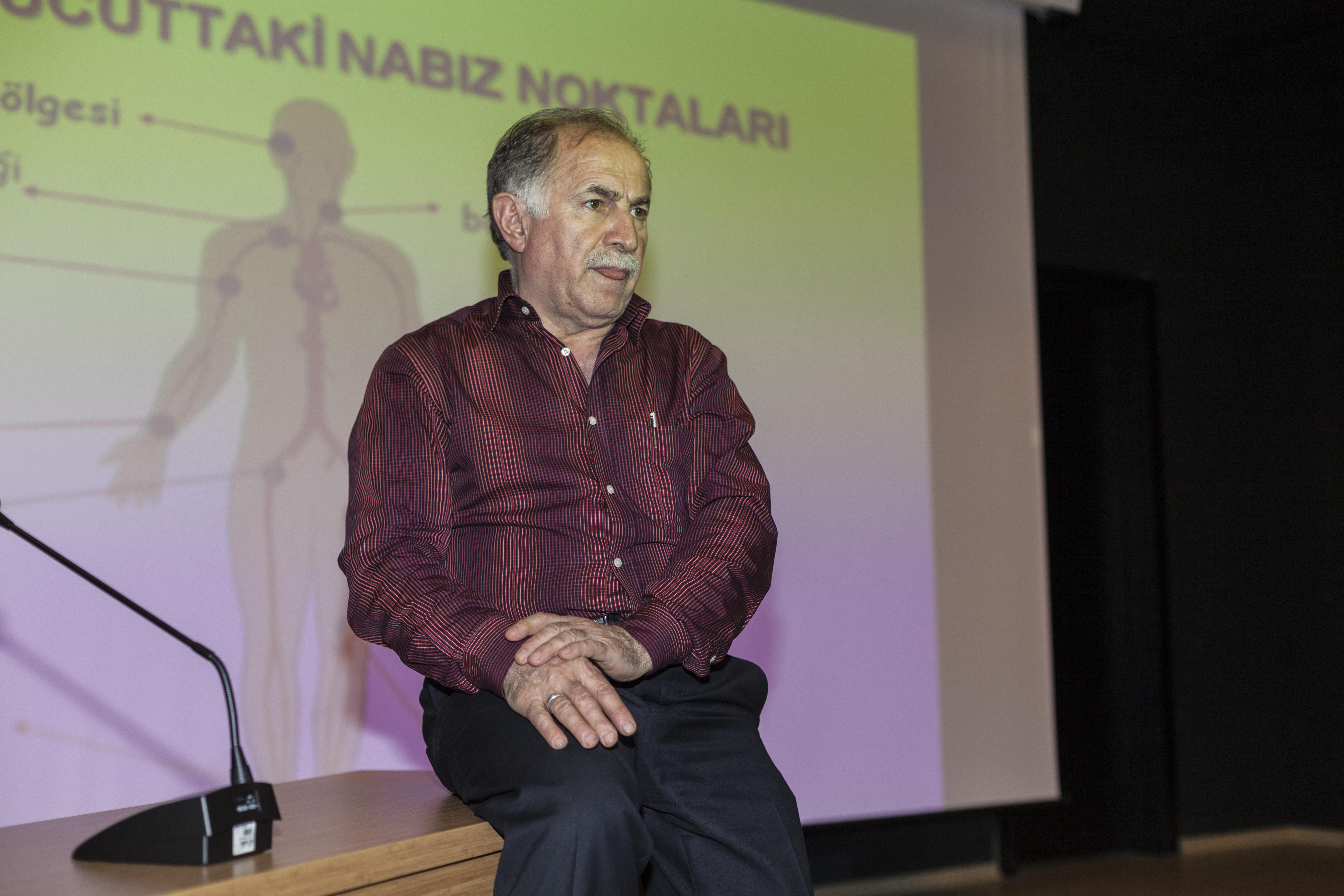 İkev Esenler Yurdu Çarşamba Konferanslarının  konuğu Operatör Dr. Fahrettin ÖZKAN oldu. - Haberler - İKEV - İlim Kültür ve Eğitim Vakfı