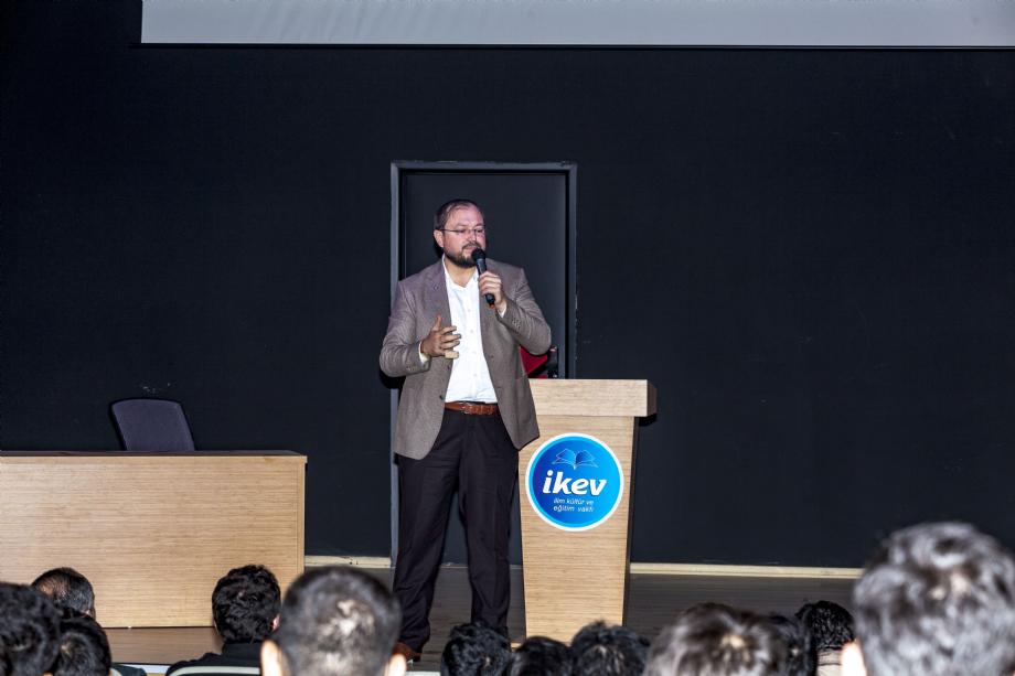 İKEV TECRÜBE KONFERANSLARI serisinin 2019-20 Dönemi açılış programı AGD/MGV Genel Başkanı Salih TURHAN Beyin katılımıyla gerçekleşti. - HABERLER - İKEV - İlim Kültür ve Eğitim Vakfı